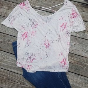 Mudd white and pink floral print bat wing top